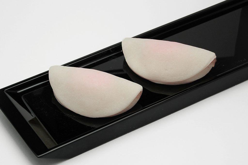 花びら餅 黄味餡 牛蒡 正月 餅 初釜 上生 川越 和菓子 手作り 職人